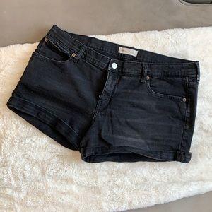 """Gap 3"""" Denim Shorts"""